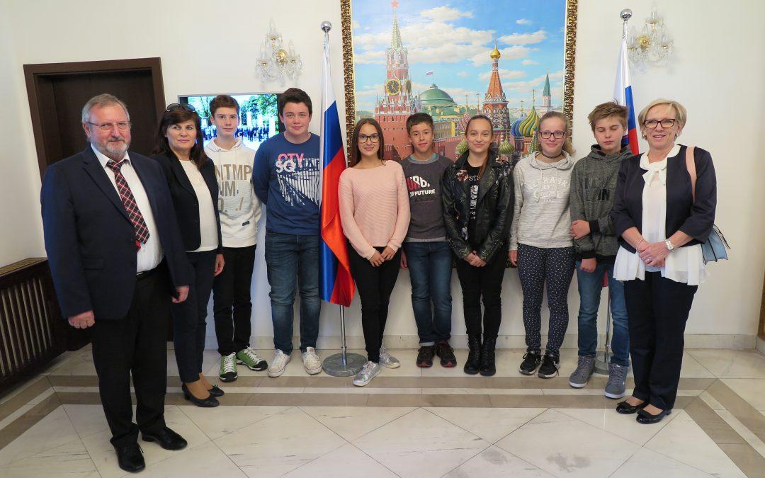 Obisk ruskega veleposlaništva